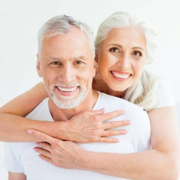 A Guide to Dentures and Denture Care